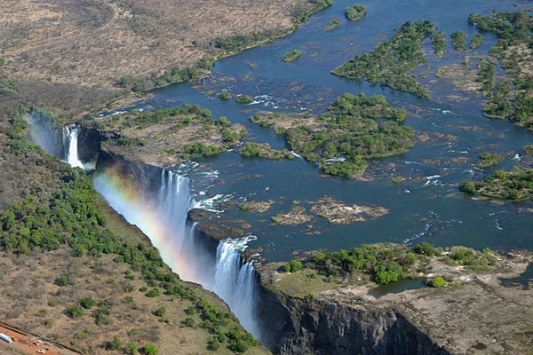 victoria-falls-kuroiniisan-attribution-share-alike