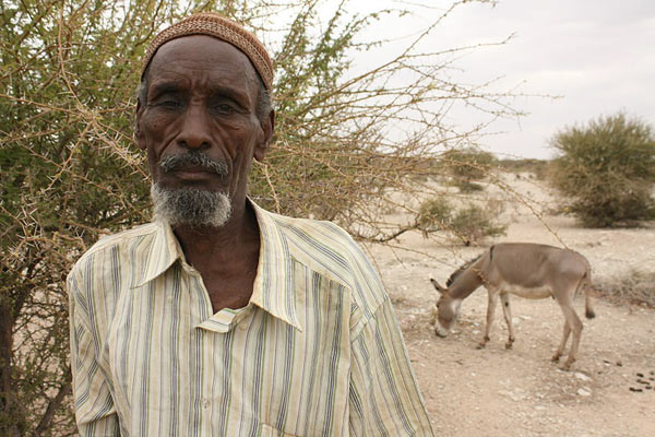 east-africa-old-man-oxfam-attribution0