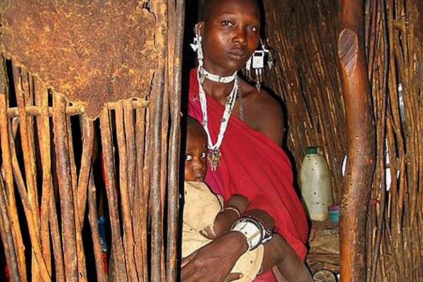 mother-masai-tanzania-sanderflight-public-domain