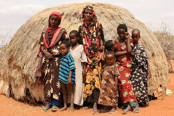 mother-oxfam-east-africa-attribution